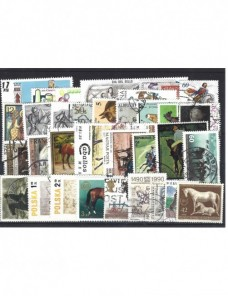 Lote temático. Tema caballos. 34 sellos de varios países Sellos.